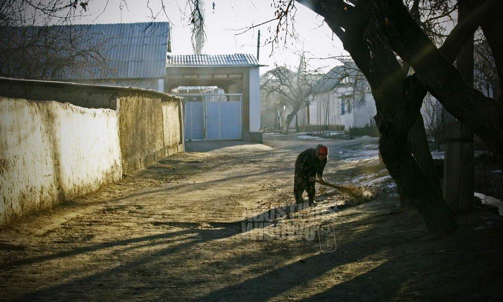 uzbekistan-2007-ferghana-enclave-border-kyrgyzstan