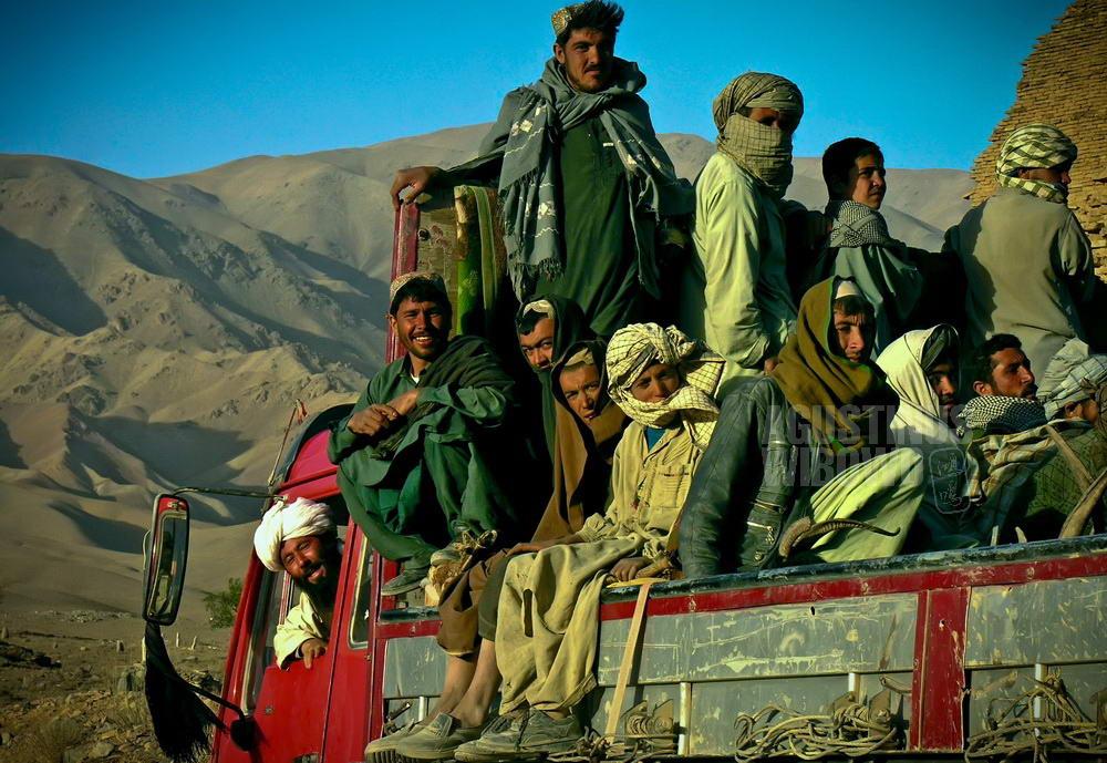 afghanistan-2006-chisht-sharif-truck-travel-kamaz