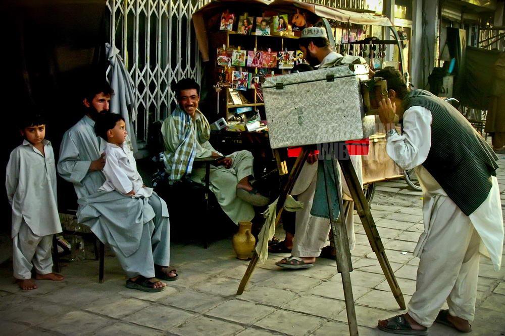 afghanistan-2006-kandahar-box-camera