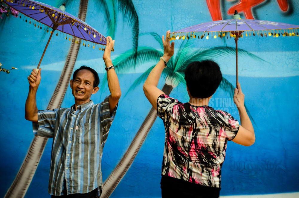 china-2012-xiamen-huqiao-farm-overseas-returnees-indonesia-dance