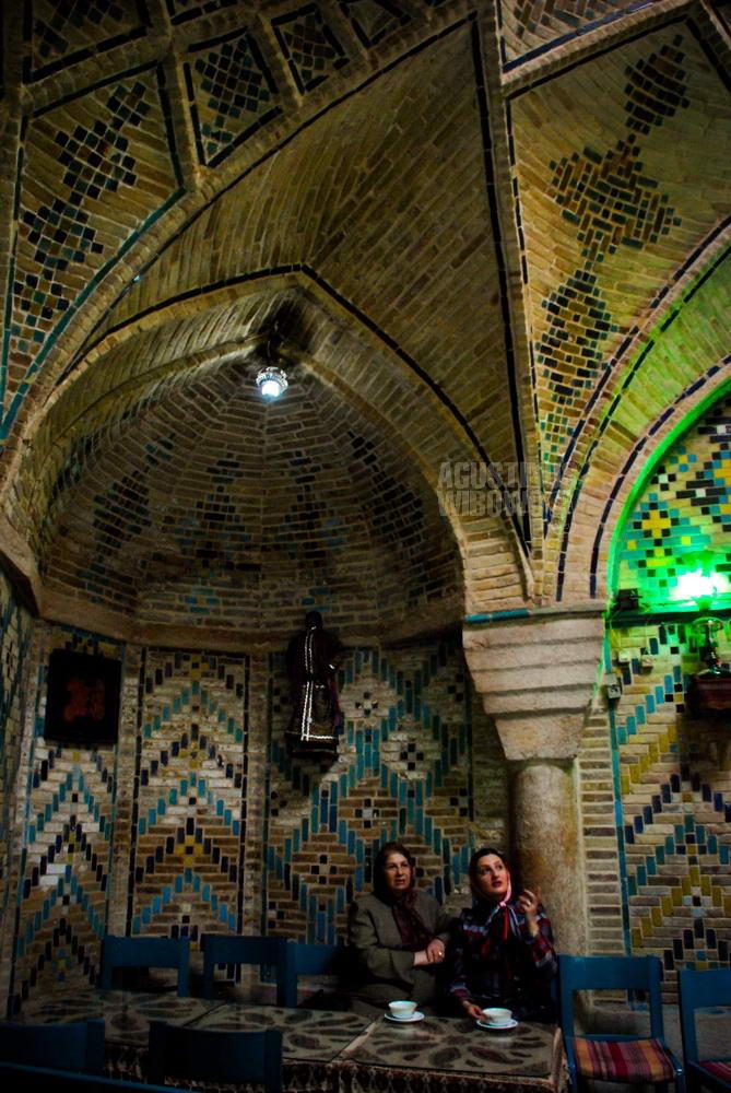iran-2008-kerman-teahouse