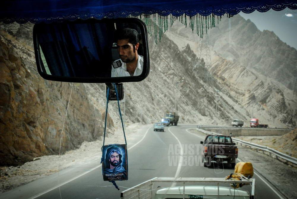iran-2008-zahedan-bus-journey