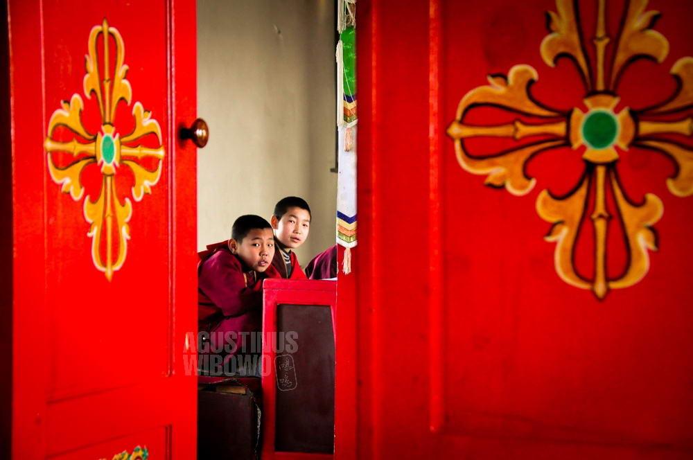 mongolia-2009-darkhan-buddhist-monk