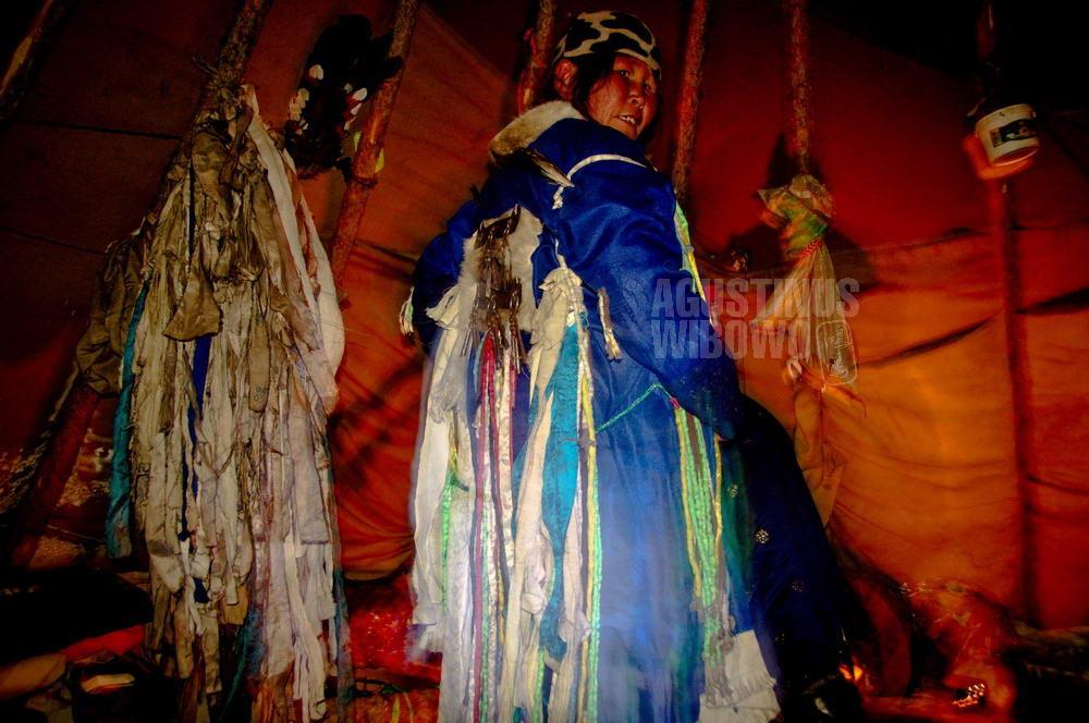 mongolia-2009-taiga-dukha-tsaatan-shaman