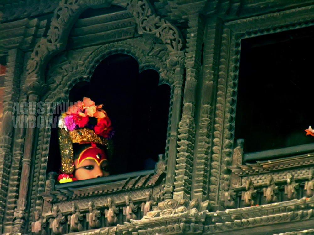 nepal-2005-kathmandu-kumari-living-goddess-indra-jatra-festival