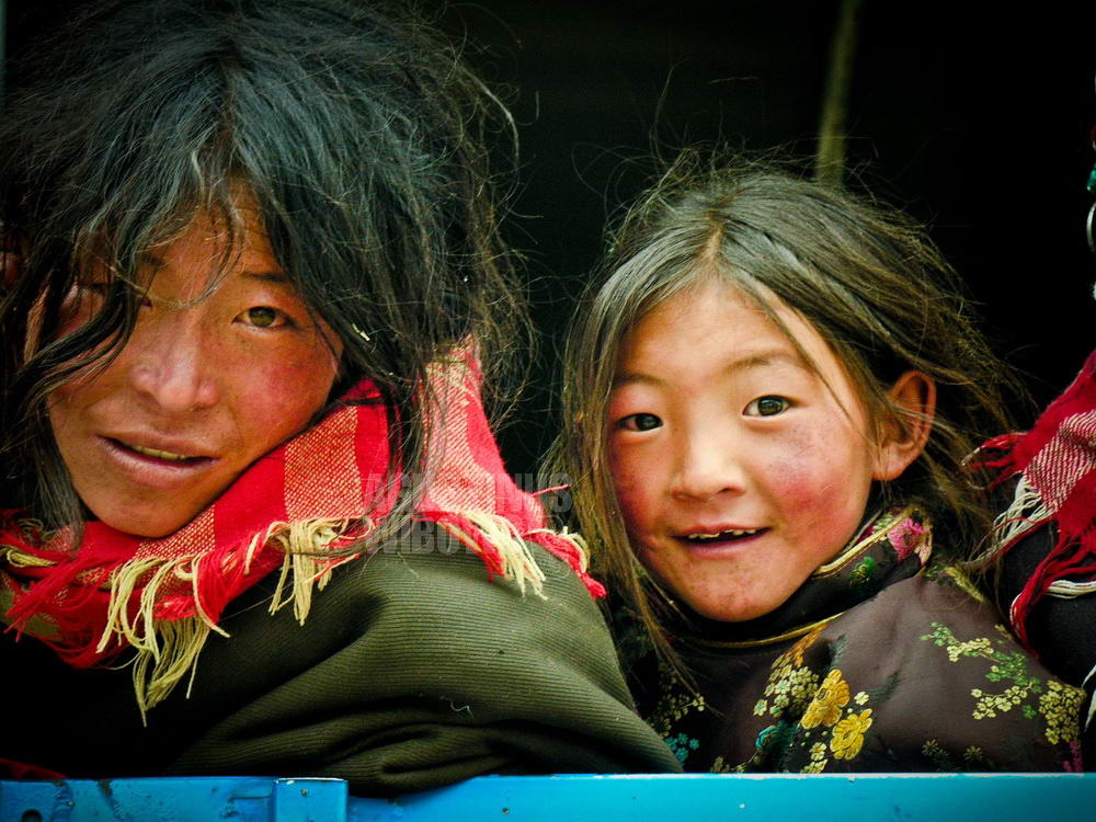 tibet-2005-kailash-pilrgrimage-mother-daughter-truck-hitchhiking