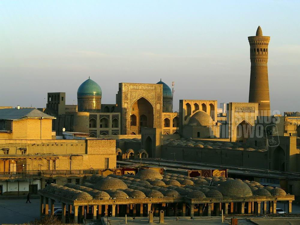 uzbekistan-2007-bukhara-ancient-city-view-minaret-kalon