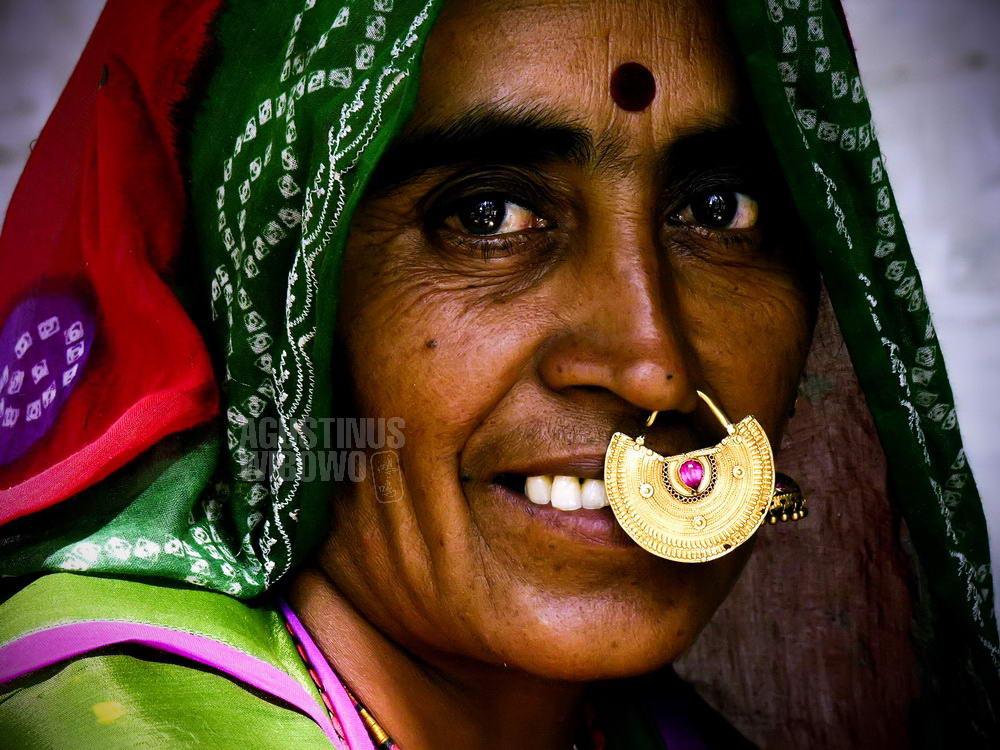 india-2005-jodhpur-bishnoi-woman-nose-ring